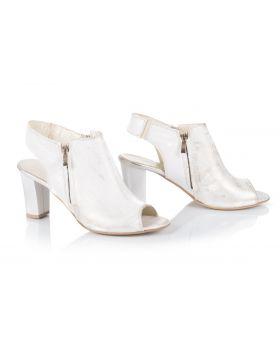 Sandałki L038 białe
