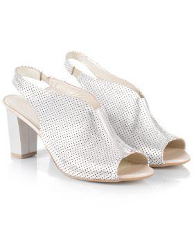 Sandałki 438 białe