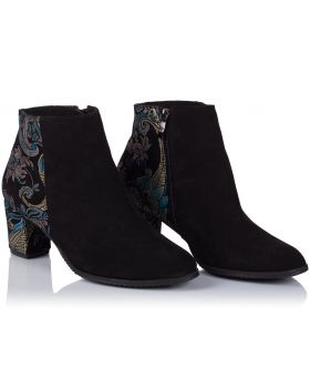 Black booties B152 wide