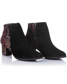 Black booties B152c wide