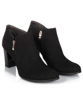 Booties B710 black z nubuku