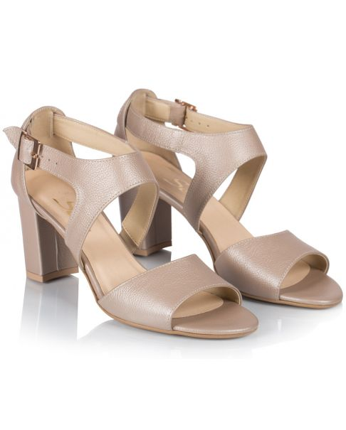 Sandałki L437